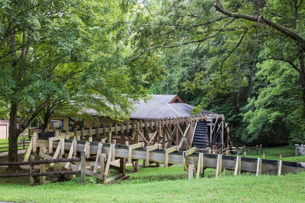 Wooden water wheel at crockett park.